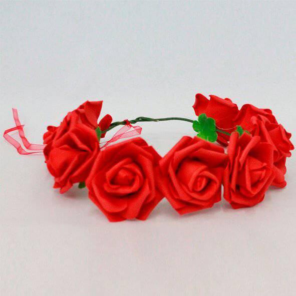 זר פרחים אדום גדול