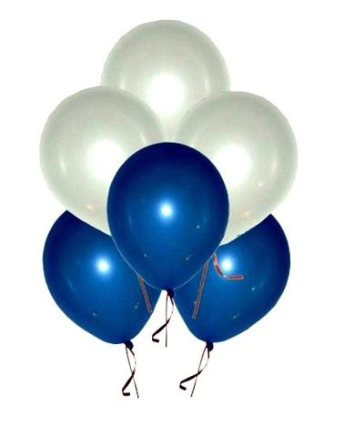 מיקס בלונים לבן וכחול מטאלי – 10 יחידות