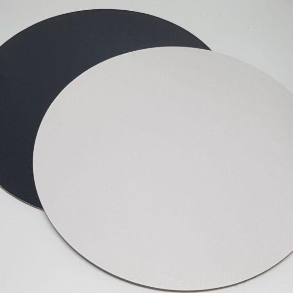 תחתית פוקר עגולה קשיחה דו צדדית שחור לבן – 29X29